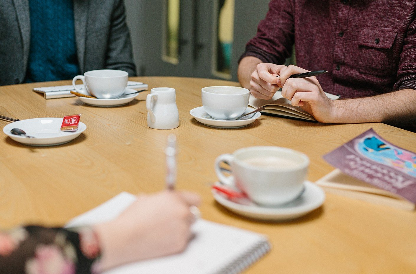 BML Creative - Coffee round the table